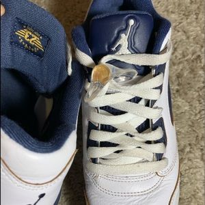 "Retro Air Jordan 5 ""dunk from above"""